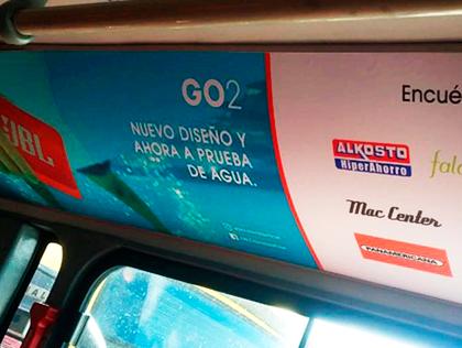 publicidad en sillas, techos y exterior de buses de transmilenio