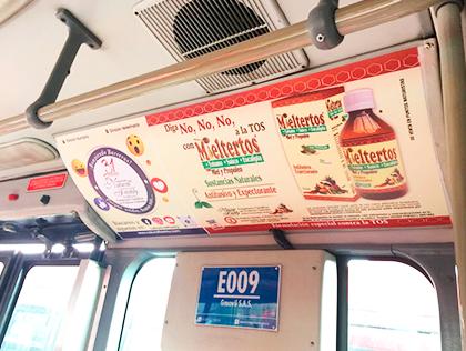 Bus de Transmilenio brandeado con tu marca para publicidad